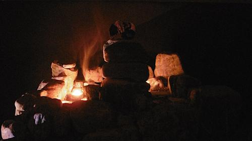 Anax Archontas Atop the Central Donjon  Throrgrmir Burns
